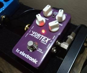 Pedal p/ guitarra eléctrica TC Electronic Vortex Flanger