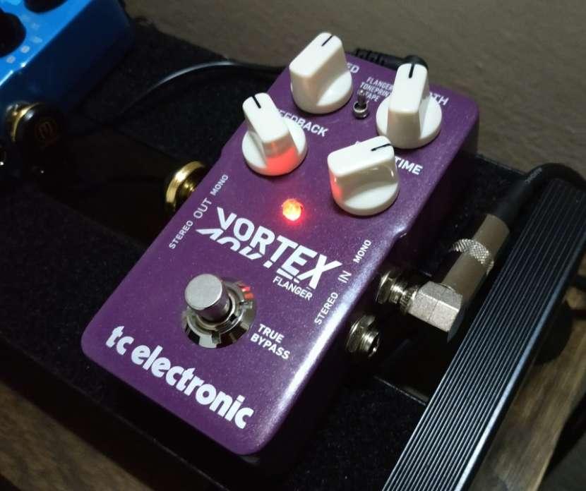 Pedal p/ guitarra eléctrica TC Electronic Vortex Flanger - 0