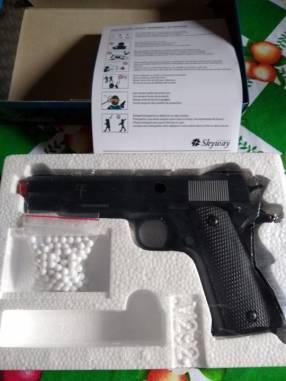 Pistola de airsoft a resorte de 6 milímetros
