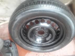 Auxilio para Mercedes Benz aro 16