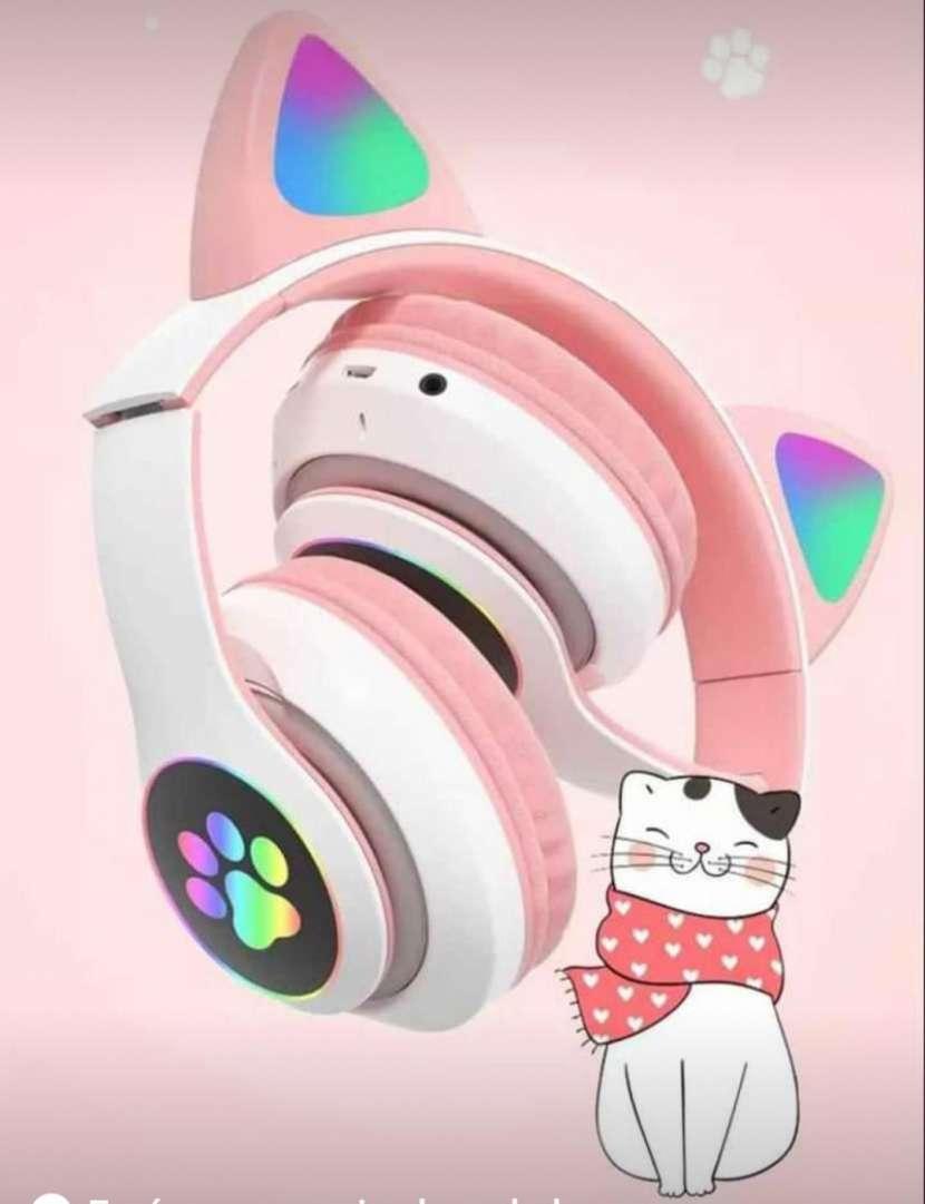 Audifonos para gamer de orejas de gatito - 0