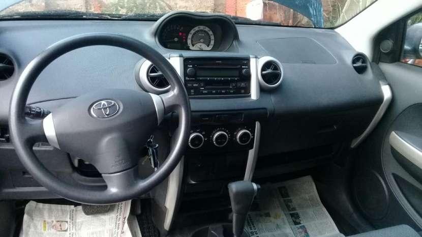 Toyota IST 2005 - 4