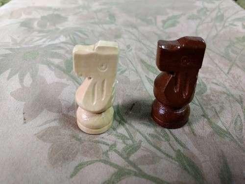 Juego de ajedrez magnético de madera 39x39 cm - 6