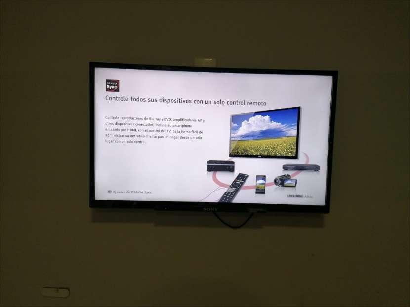 Televisor LED Sony de 32 pulgadas - 0