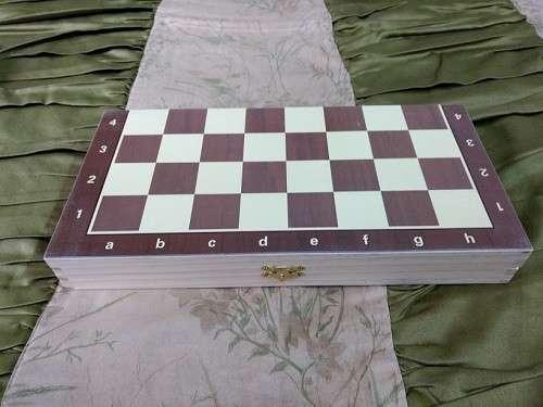 Juego de ajedrez magnético de madera 39x39 cm - 1