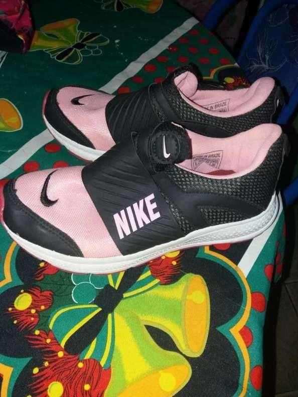 Calzado Nike calce 37 - 1