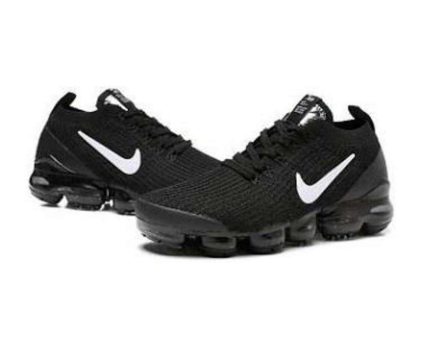 Calzado Nike Vapormax Masculino - 0