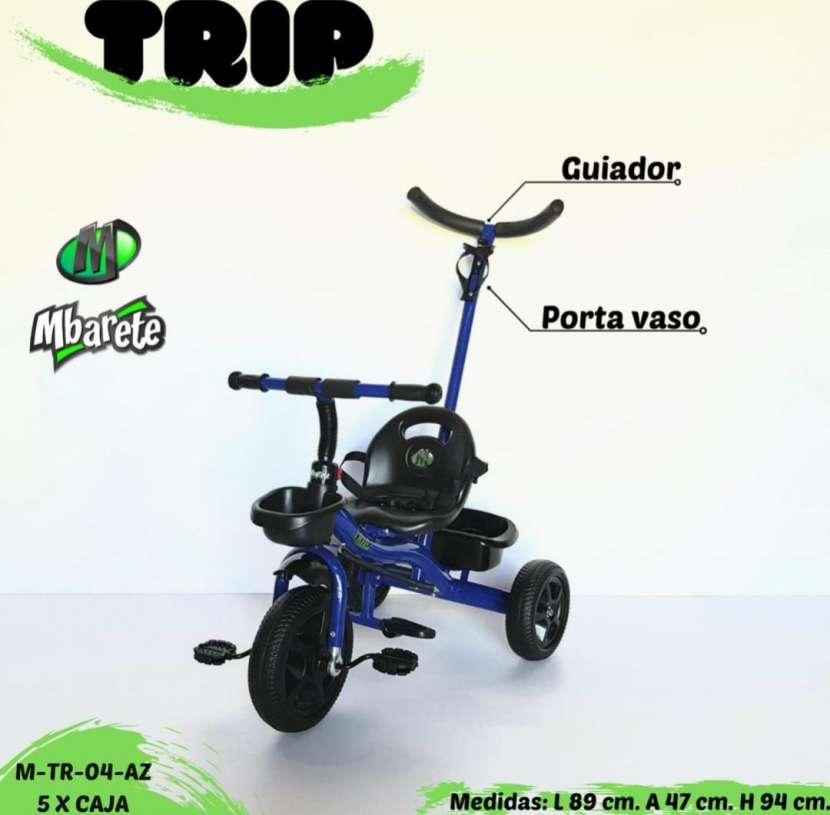 Triciclo con guiador - 3