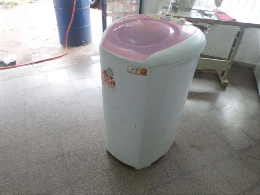 Lavarropa semi automática Wanke de 15 Kg - 0