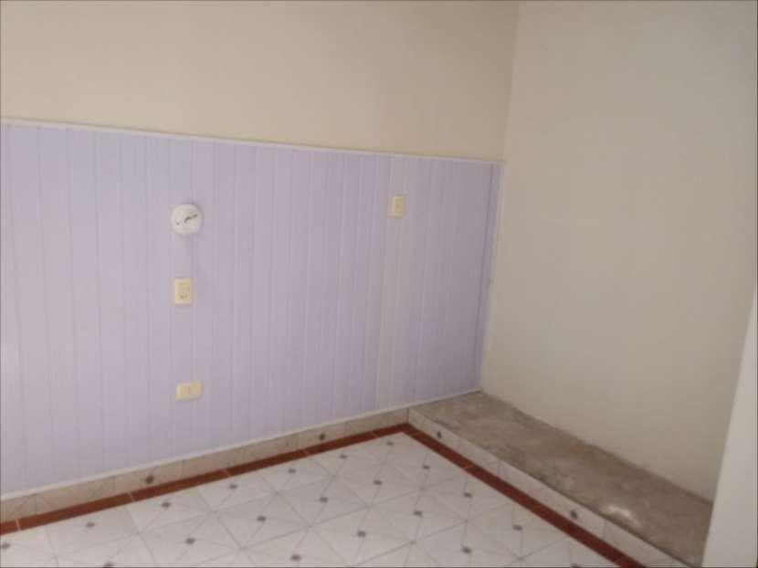 Casa SOLO para oficina o similar con acceso a 2 avenidas - 7