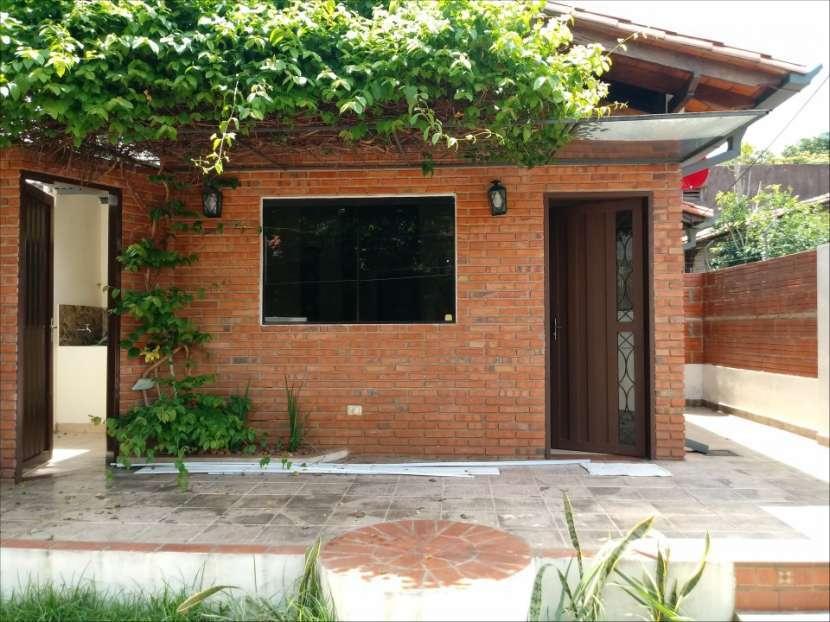 Casa SOLO para oficina o similar con acceso a 2 avenidas - 2
