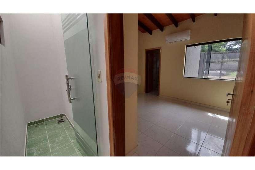 Duplex en Lambaré Barrio Santo Domingo - 3