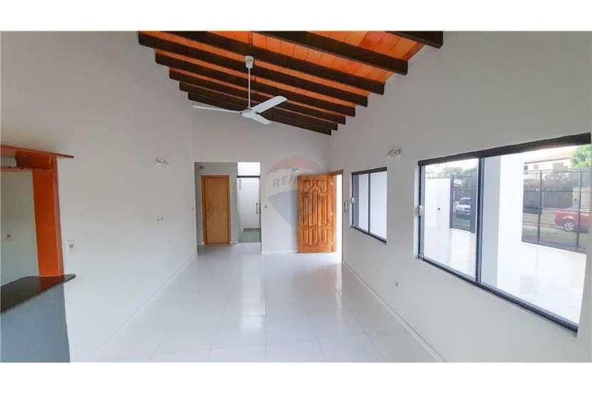 Duplex en Lambaré Barrio Santo Domingo - 5