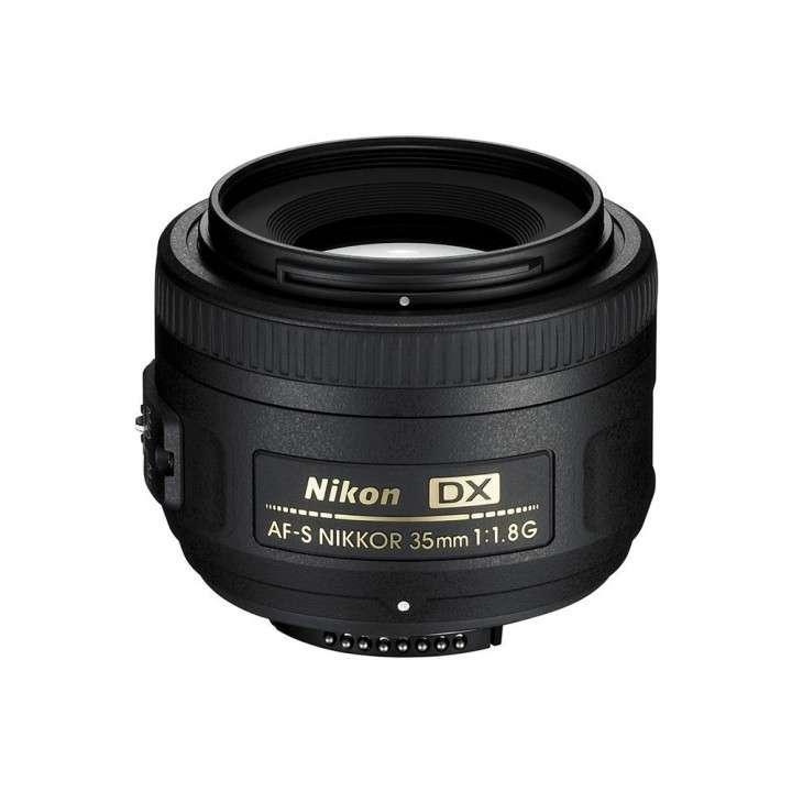Cámara Digital Nikon D3200 + lente Nikon serie DX 35 mm 1.8 - 5