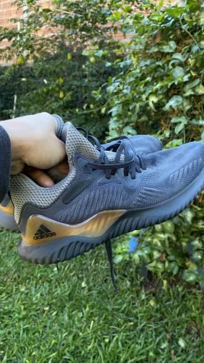 Calzado de running Adidas Alphabounce calce 39/40