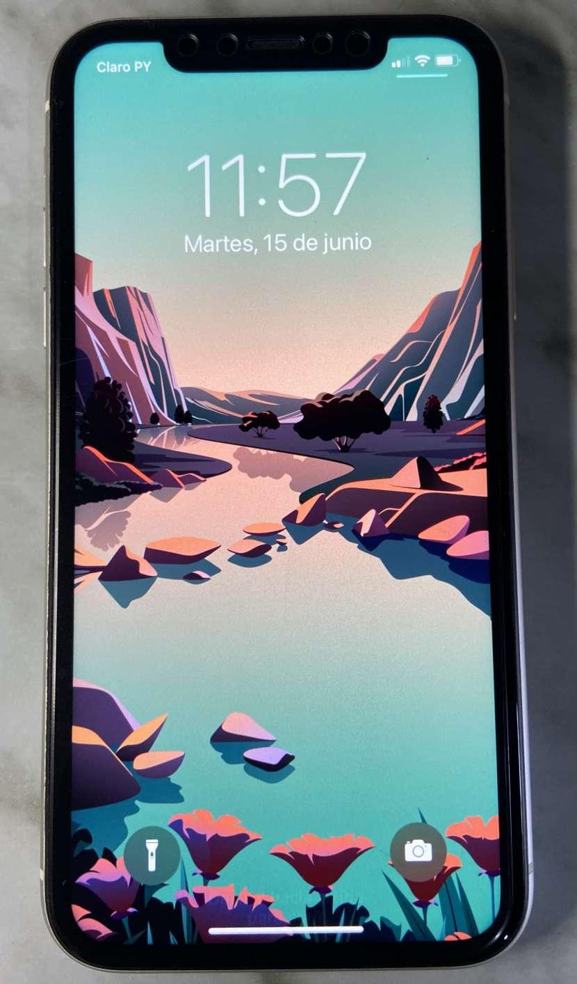 iPhone 11 de 64gb Blanco - 1
