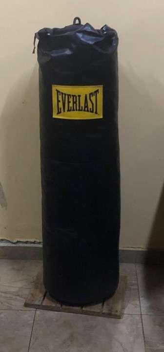 Bolsa de boxeo Everlast-100lbs - 0