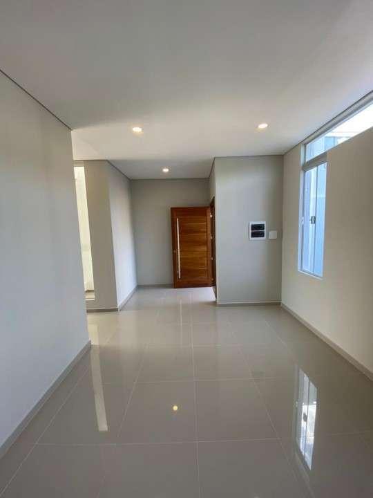 Duplex en Fernando de la Mora zona Sur - 2