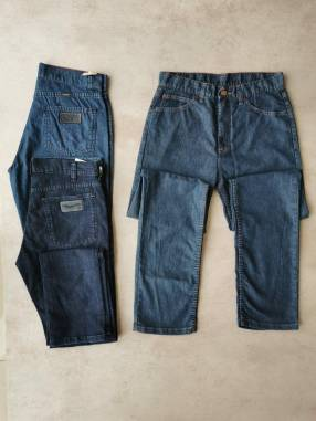 Jeans Wrangler Clásicos talle 32/42