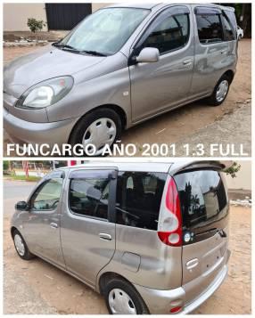 Toyota FunCargo 2001