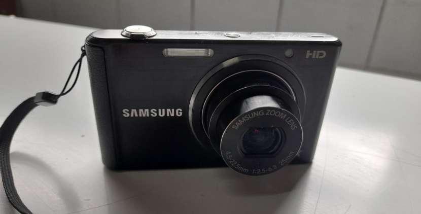 Cámara samsung HD 5x - 3