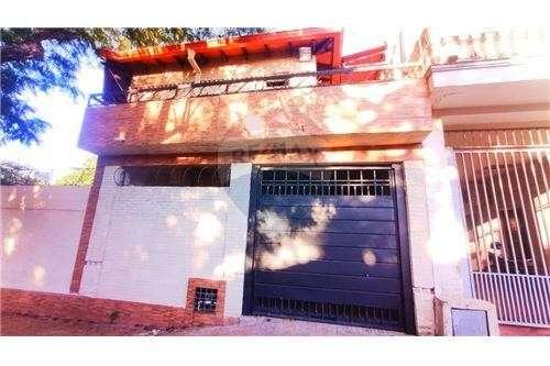 Dúplex en esquina barrio Seminario - 8
