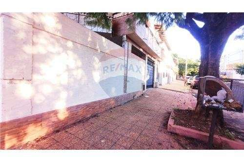 Dúplex en esquina barrio Seminario - 1