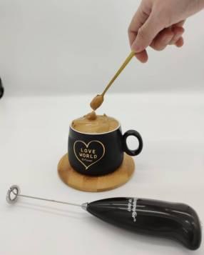 Mini batidor de café