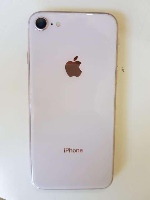 iPhone 8 de 64 gb - 0