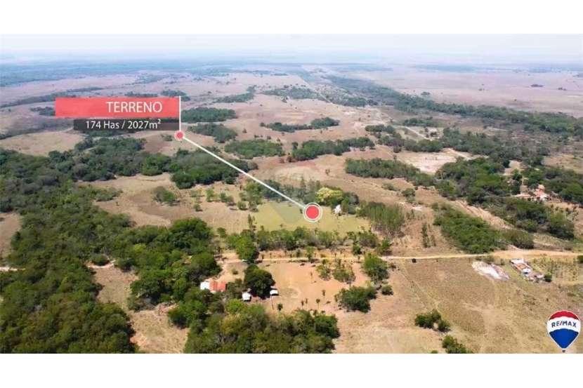 Campo para ganadería y/o agricultura en el distrito de Paraguarí - 0
