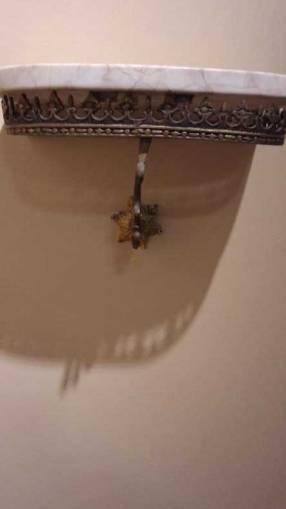 Consola de bronce y mármol con espejo