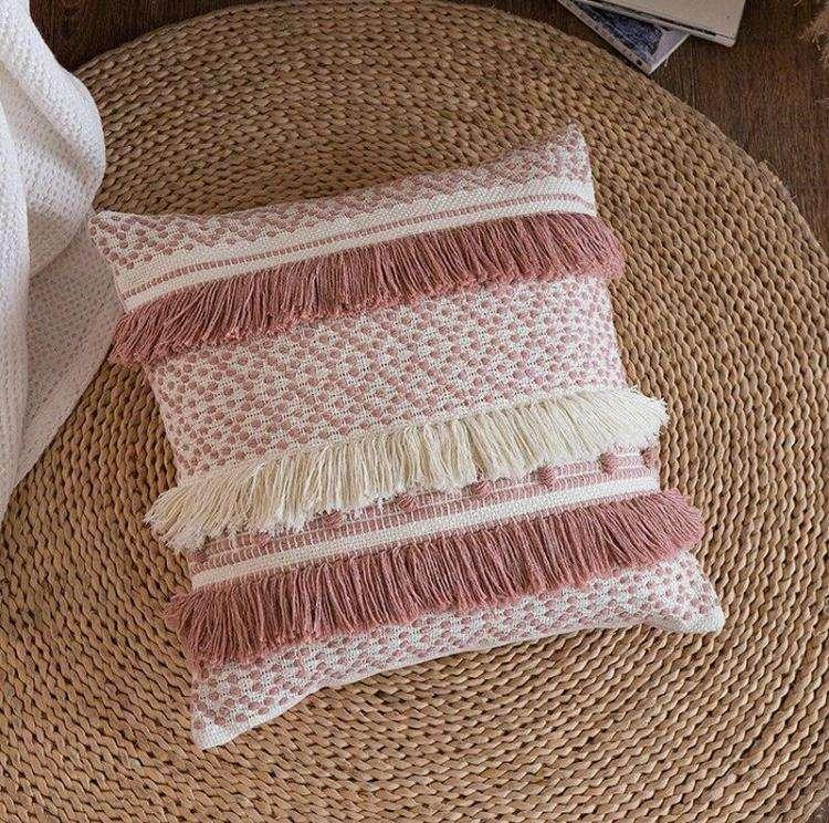 Cojín decorativo borla flecos en rosa y blanco 45x45cm - 3