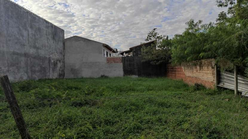 Terreno en Barrio Herrera de Asunción - 2