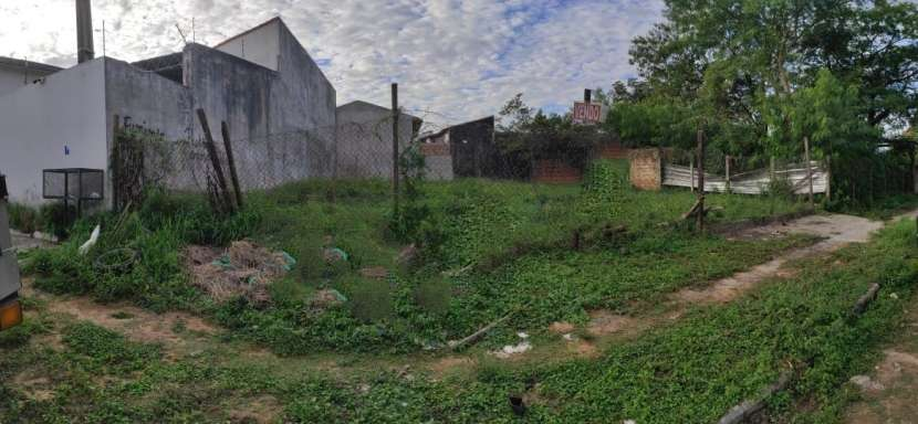 Terreno en Barrio Herrera de Asunción - 0