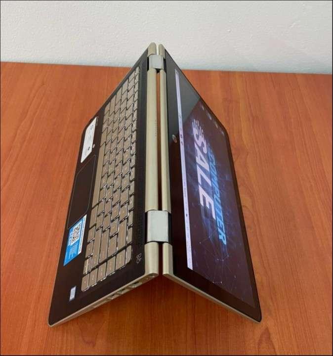 HP Pavilion x360 i5 8gbRAM SSD - 2