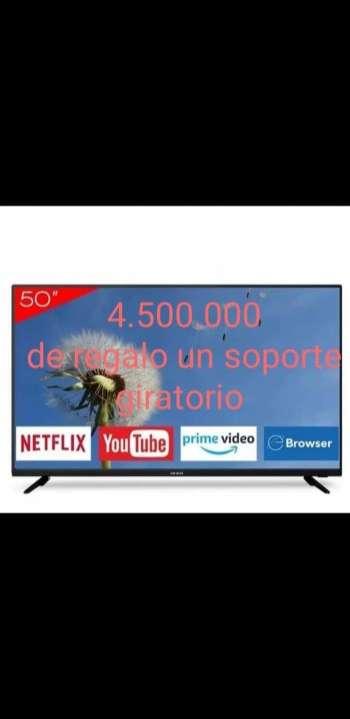 Smart TV de 50 pulgadas - 0