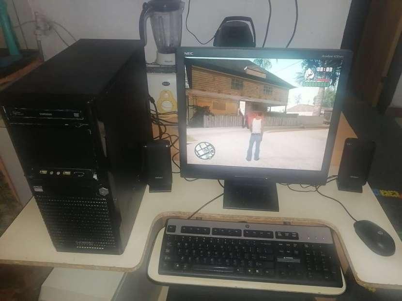 Computadora con juegos - 1