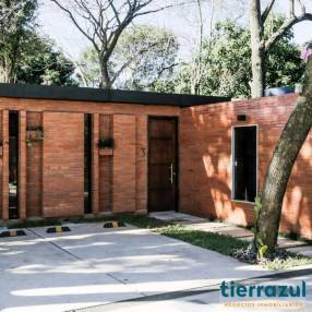 Casas en condominio Taruma Luque Laurelty
