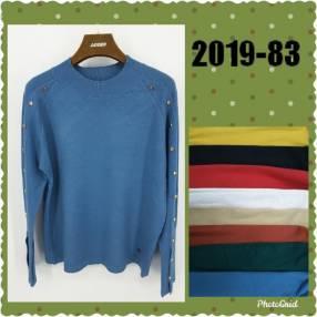 Suéter con tachas en el brazo JAYDEN201983