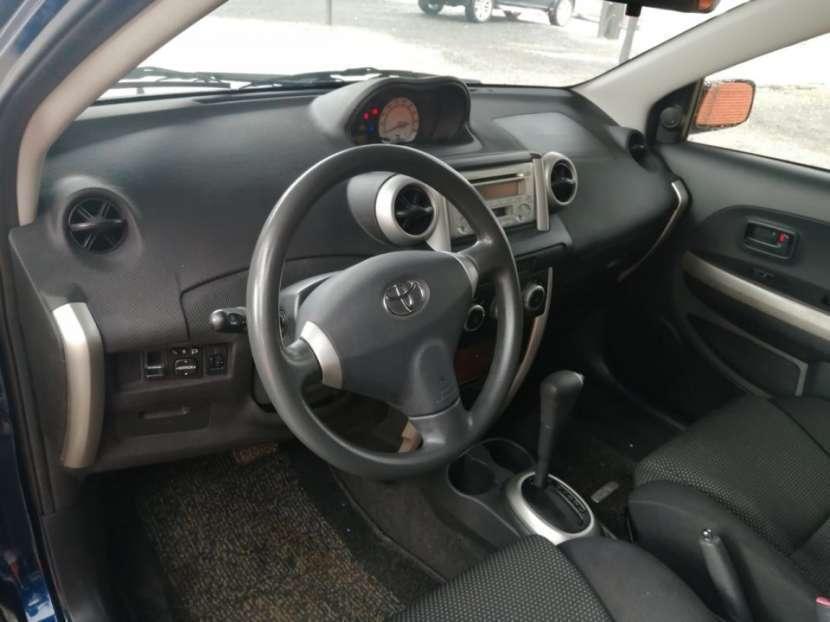 Toyota IST 2002 - 1