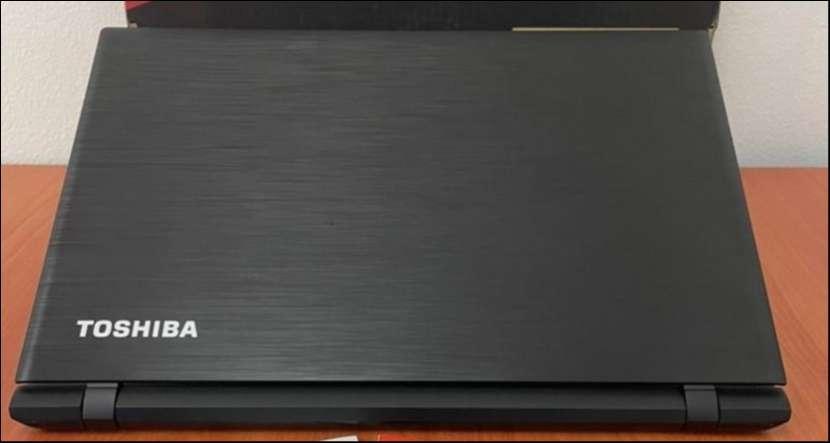 """Toshiba Satellite intel i5 8Gb RAM 15"""" - 1"""