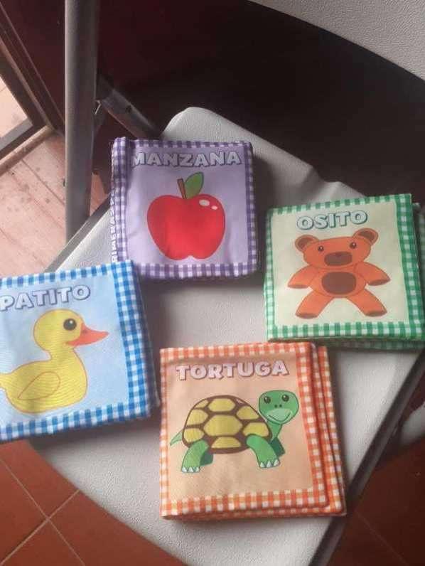 Libros juguete para bebés - 0