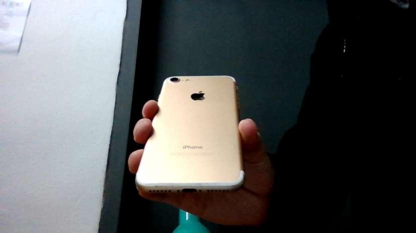 iPhone 7 de 128gb - 0