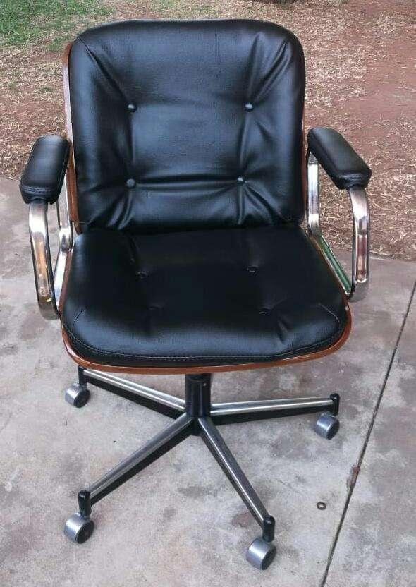 Retapizados para sillas de oficinas - 0
