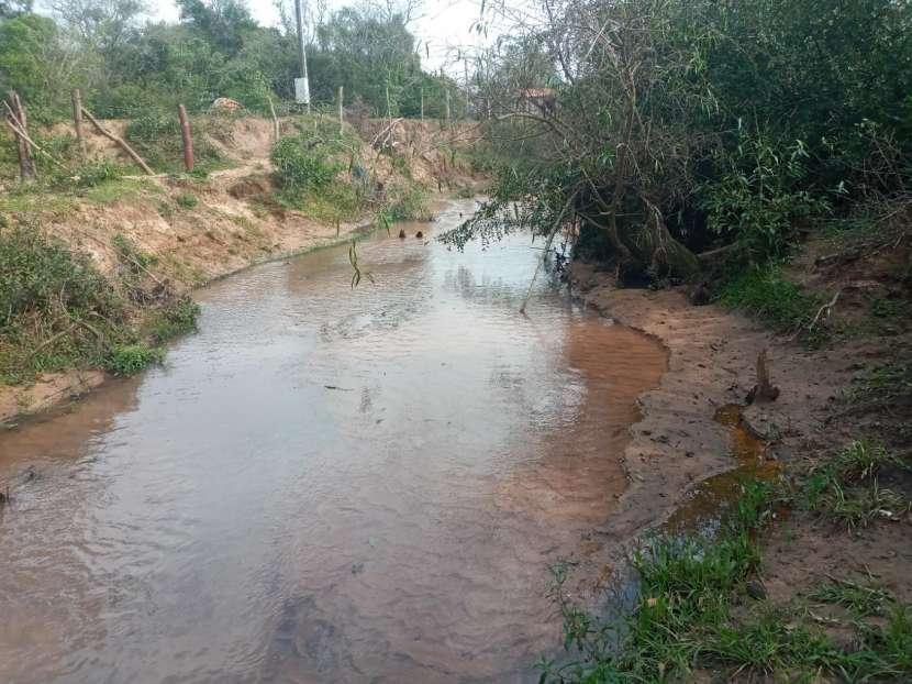 Terreno con arroyo - 4
