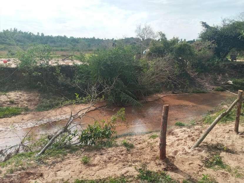 Terreno con arroyo - 6