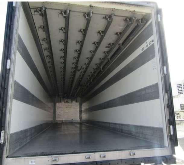 Transportador de Congelados con Ganchera, Año 2006. - 3