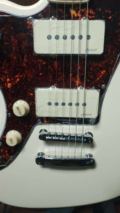 Guitarra Eléctrica para zurdo Harley Benton Tipo Jazzmaster - 2