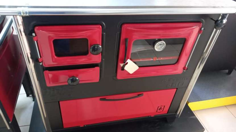 Cocina a leña rojo negro hidro supreme box nug - 1