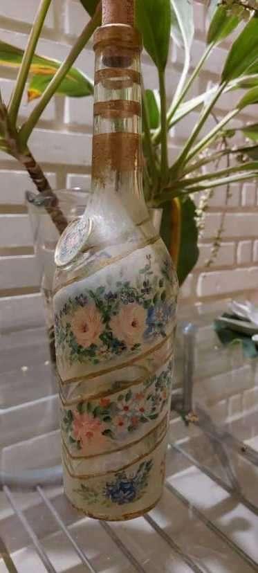 Botellas pintadas para decoración - 3